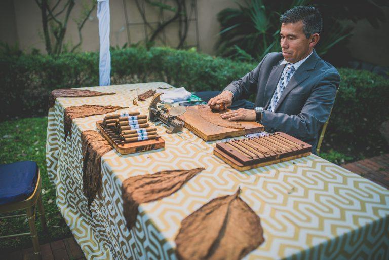 2017.03.21 Parador cigar roller