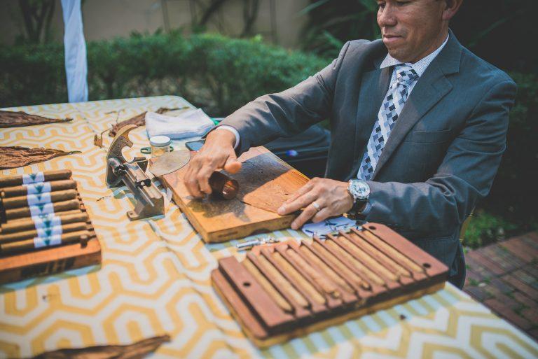 2017.03.21 Parador cigar roller2