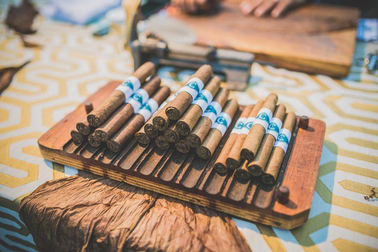 2017.03.21 Parador cigar roller3