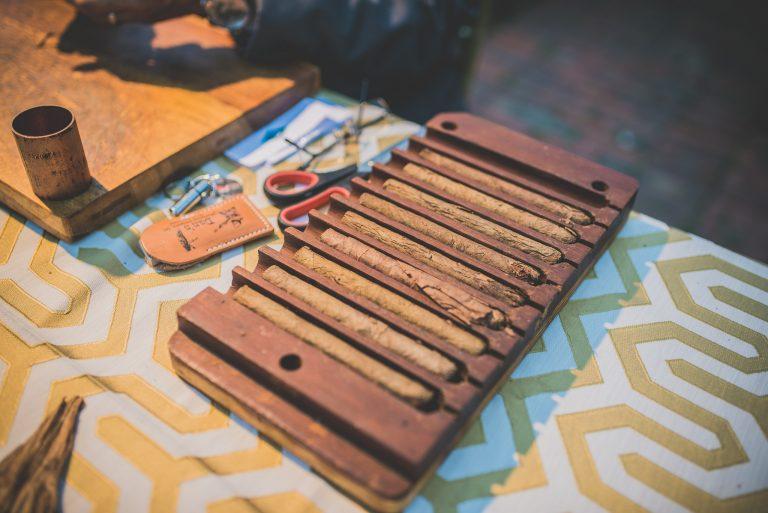 2017.03.21 Parador cigar roller5